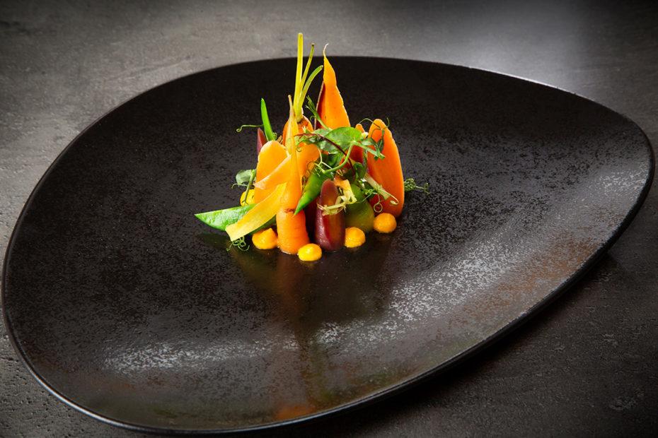 Assiette de carottes multicolores