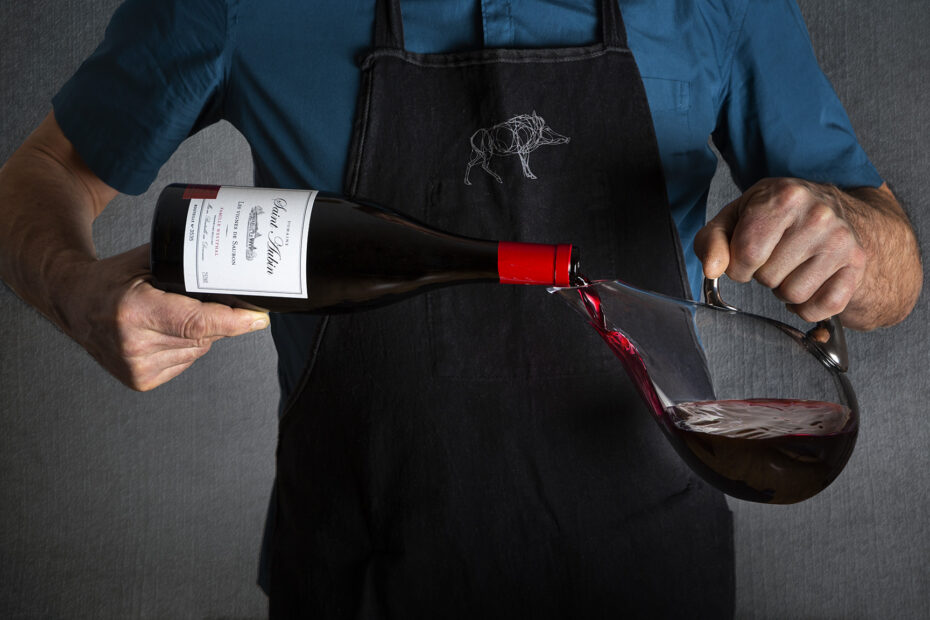 Carafer le vin rouge